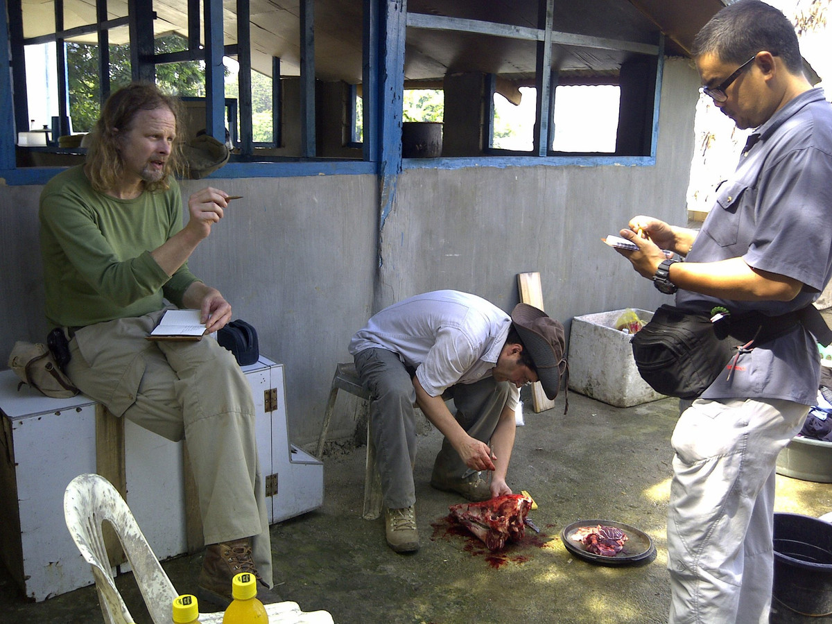 Ewold Horn is hier te zien met Lorenzo Vinciguerra uit Zwitserland en Filipino Ivan Sarenas.
