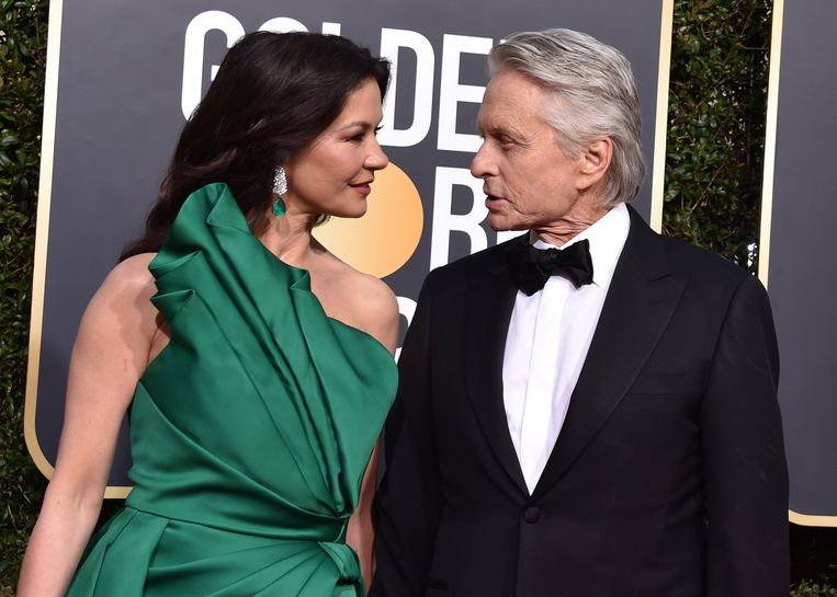 Catherine Zeta-Jones en Michael Douglas tijdens de Golden Globes.