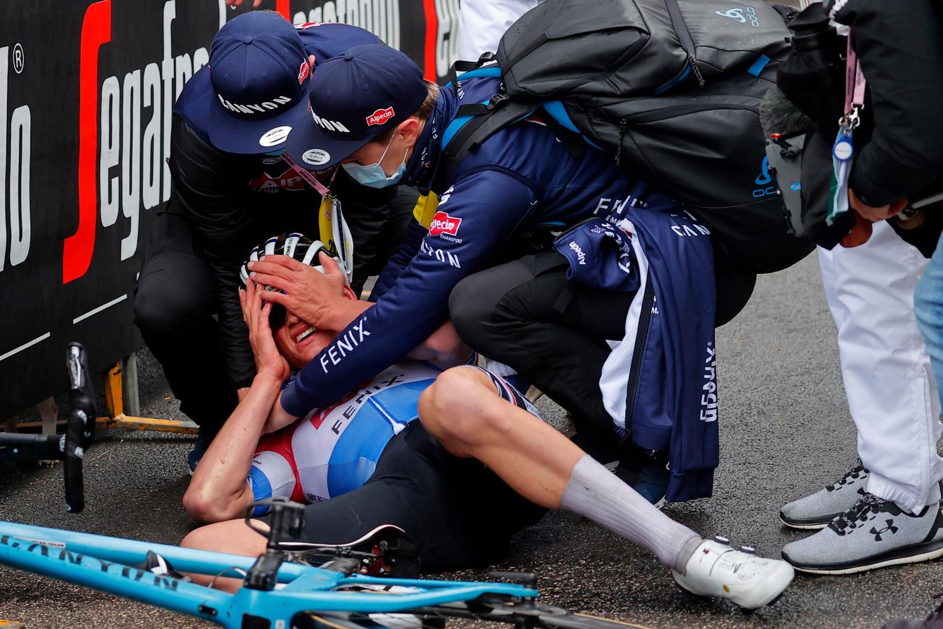 Mathieu van der Poel na zijn gewonnen etappe in de Tirreno-Adriatico.