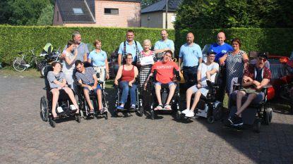 Blue Bikers zamelen 2.500 euro in voor Benjalien