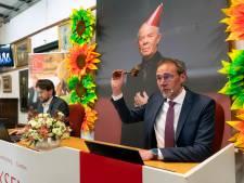 Veilinghuis verkoopt spullen van Introdans; een echte Jean-Paul Gaultier voor een paar tientjes