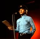 Paul van Vliet op het podium in zijn rol van 'Majoor Kees'.