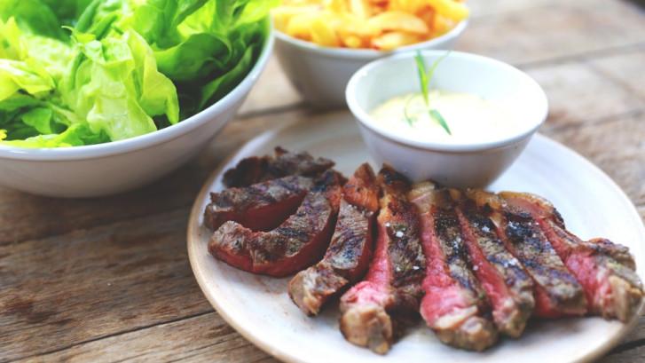Steak bearnaise met vlaamse frietjes