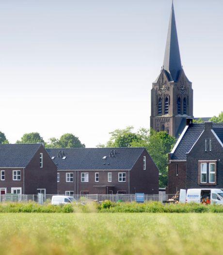 Vrees voor spaak lopen woningbouw in Zeeland; Initiatief Zeeland trekt aan de bel