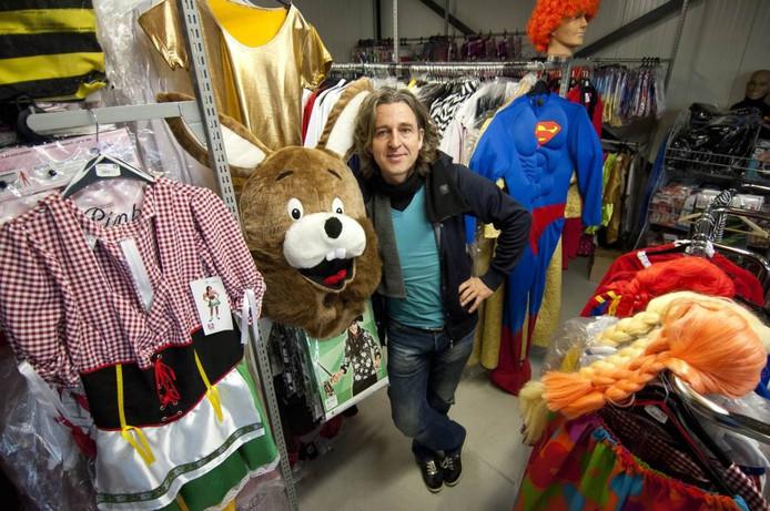 Ruud Lanjouw van feestenkleding.nl Foto: Liselotte Kolthof