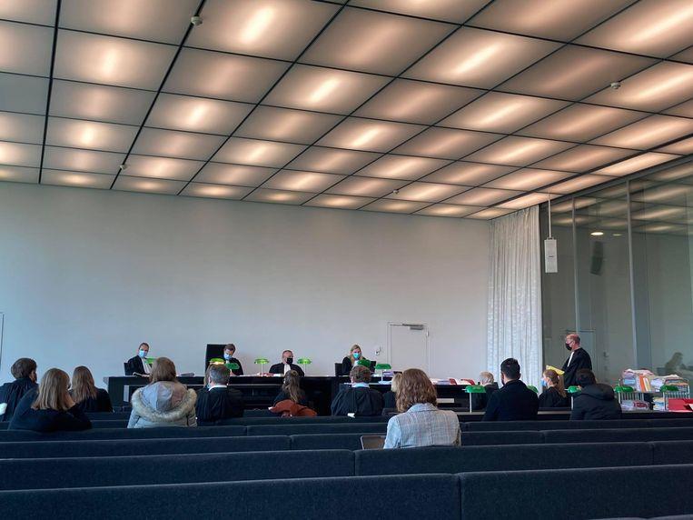 Vijf personen moesten zich verantwoorden in de rechtbank wegens het nemen en verspreiden van foto's van Jens. Beeld DVEG