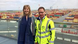 Bedrijf uit Antwerpse haven vliegt sollicitanten met helikopter naar nieuwe job