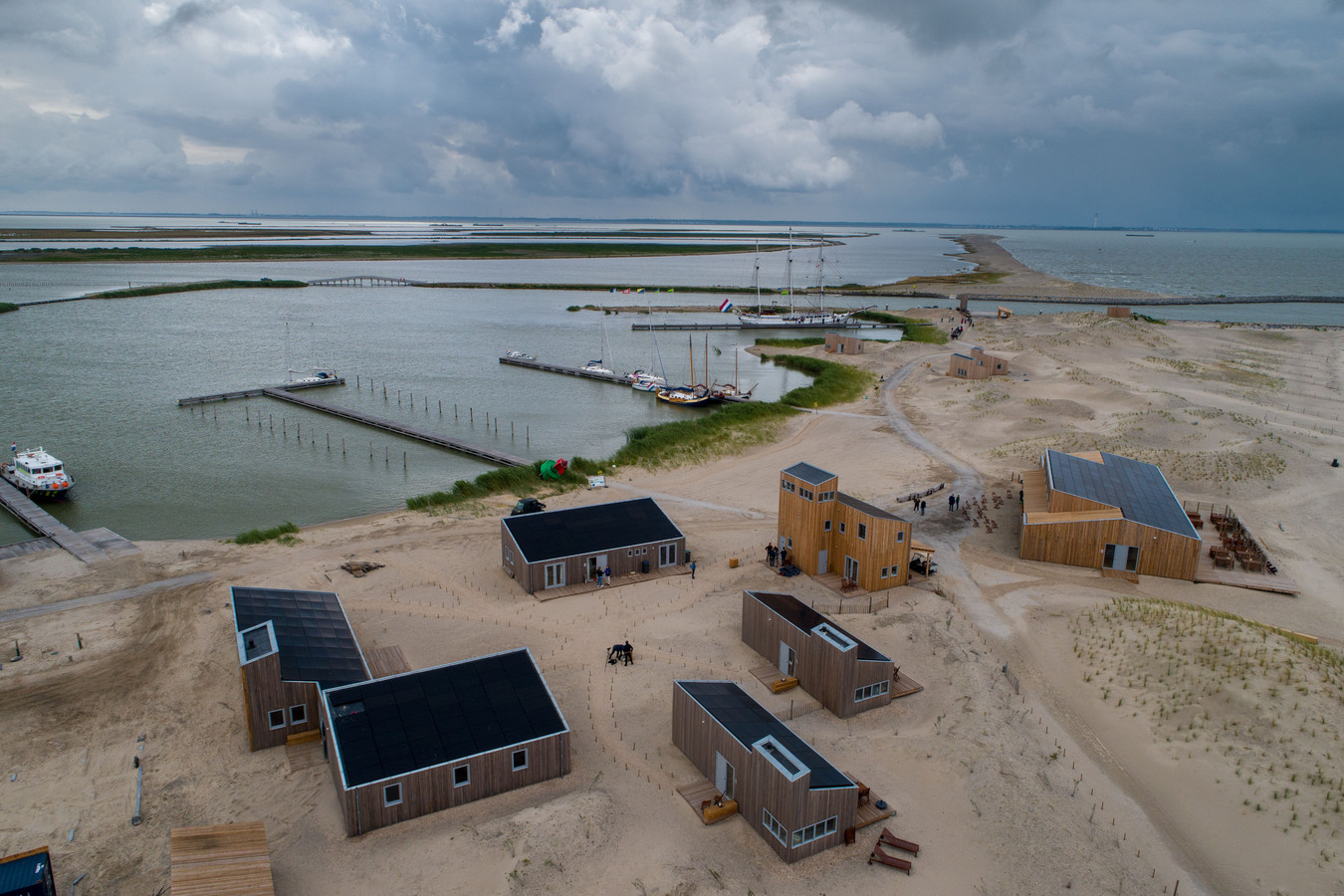 Vorig jaar juli was de opening van de zelfvoorzienende nederzetting op Marker Wadden, de nieuwe groep natuureilanden in het Markermeer.