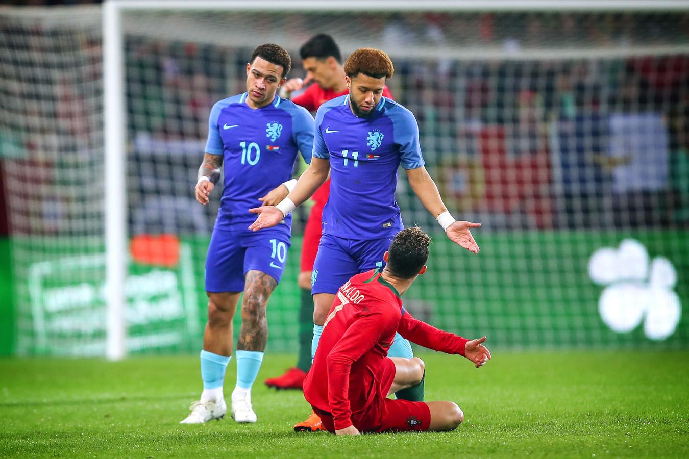 Ronald Koeman zag Oranje in zijn tweede interland met 3-0 winnen van Portugal.