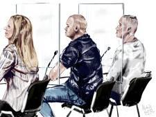 Verdachten beschuldigen elkaar van 'meer dan gruwelijke dood' van Wil Vogelaar