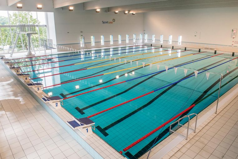 Zwembad Sportoase in Roeselare.