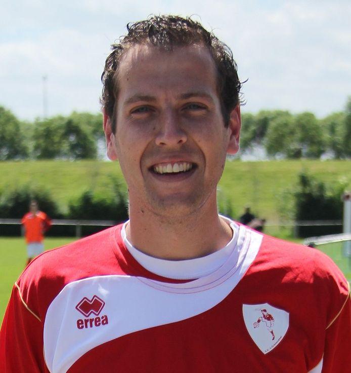 Martijn van Haren, bestuurslid acties en evenementen van de voetbalvereniging 's-Gravendeel blikt vooruit op hun jubileum.