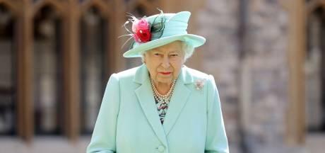 """La Reine """"profondément touchée"""" par les messages reçus après la mort du prince Philip"""