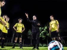 Ex-prof Patrick Pothuizen mikt op heel seizoen én promotie met vijfdeklasser Astrantia