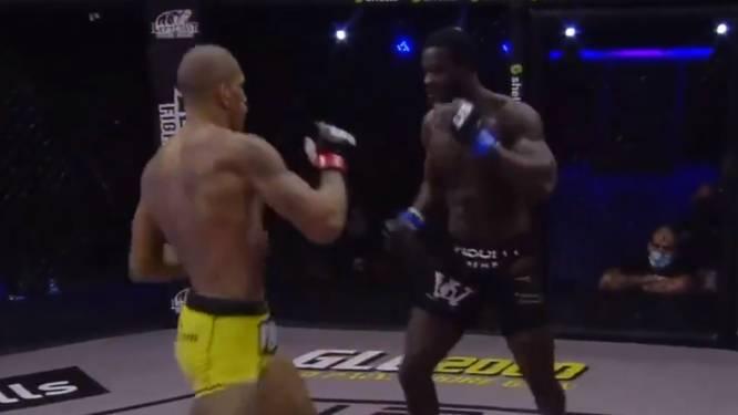 Kickbokslegende Alex Pereira mept tegenstander op angstaanjagende wijze knock-out tijdens MMA-debuut