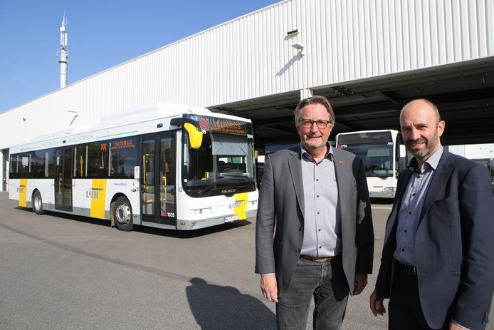 Olivier van Mullen (rechts), CEO bij Multiobus.