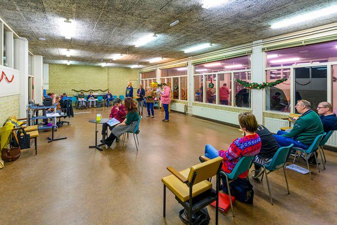 Toneelgroep Respect in de ruimte het Cultuurhuis in december 2019.