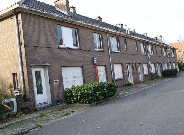 In wijk Terlocht gaan oude sociale woningen tegen de vlakte om plaats te maken voor kleinere flats en meer publieke ruimte.