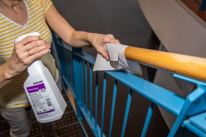 Extra hygiënemaatregelen in een verzorgingshuis in het Zeeuwse Colijnsplaat.