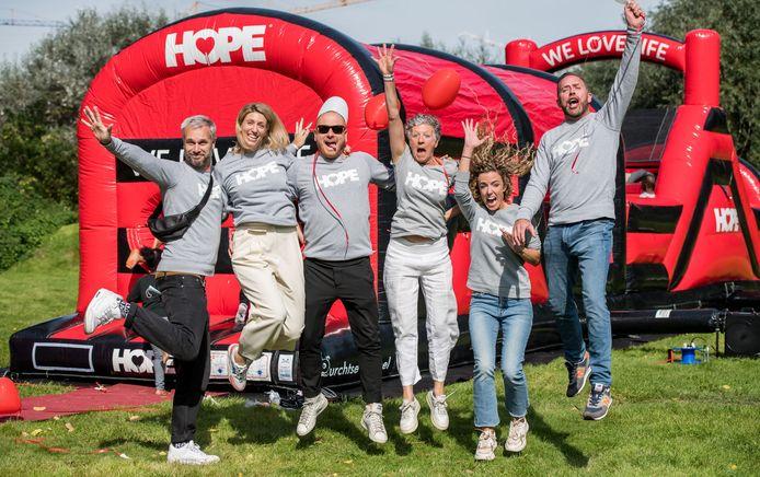 Het team achter HOPE Benefiet.