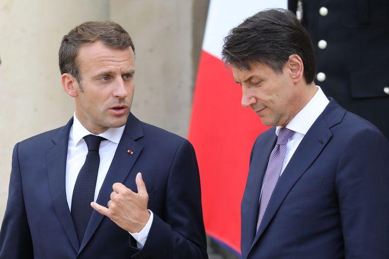 Frans president Emmanuel Macron met Italiaans premier Guiseppe Conte, vorig jaar. Beeld AFP