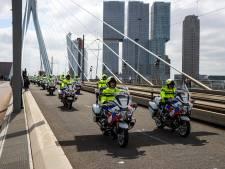 Politiekorps neemt op indrukwekkende wijze afscheid van motoragent Arno (47)