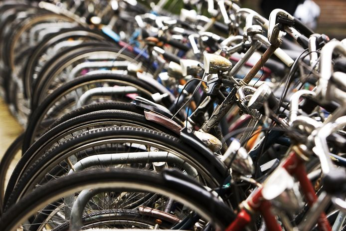 De gemeente gaat fietsen weghalen vanwege werkzaamheden.