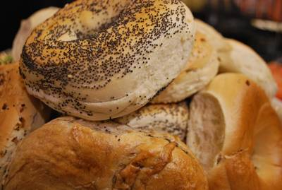 Ontbijt met Lijst Harry Bakker, zeg het met broodjes