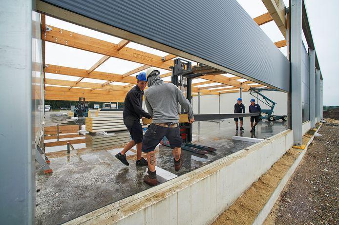 Archieffoto augustus van dit jaar: de vorderingen van de bouw van Aldi Reek.