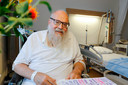 Stadsprediker Arnold Kox onlangs in het ziekenhuis in Eindhoven