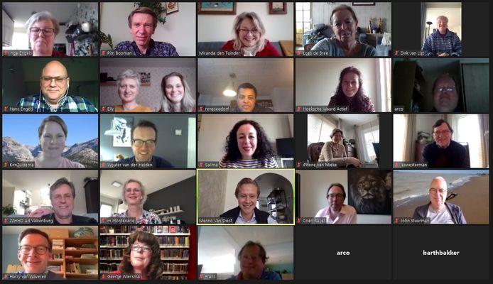 De deelnemers aan de digitale cultuurtop van D66 in de Hoeksche Waard, met in het midden Tweede Kamerlid Salima Belhaj