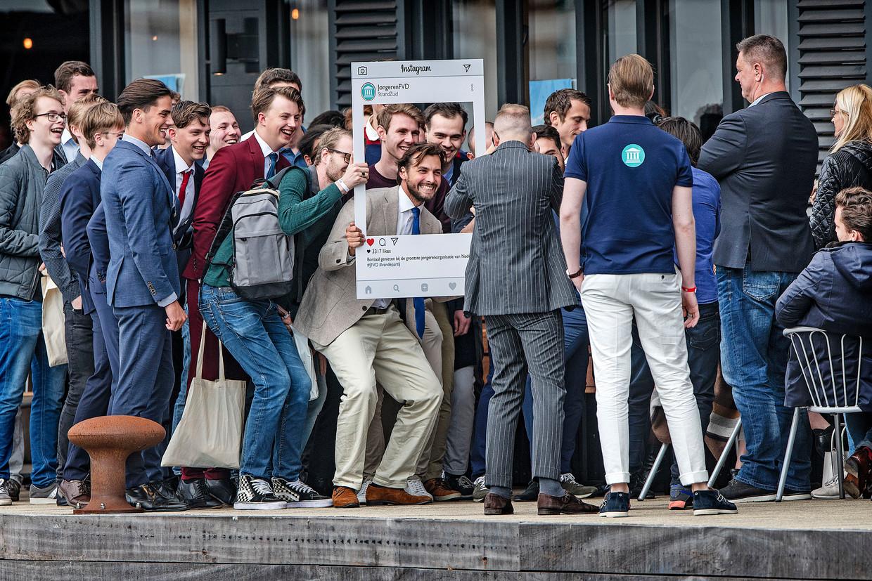 Zaterdag hielden de jongeren van Forum voor Democratie hun congres in Amsterdam. Ook leider Thierry Baudet was van de partij. Beeld