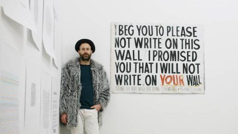 Kenneth Goldsmith. Vorig jaar richtte hij binen de opleiding 'Creative Writing' aan de Universiteit van Pennsylvania een nieuw vak in waarin studenten verplicht drie uur niets doen. Beeld Getty Images