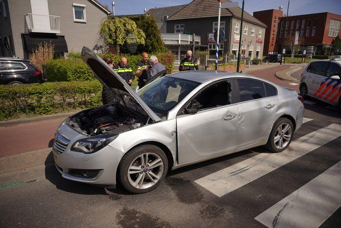 De auto liep schade op door het ongeluk in Beuningen