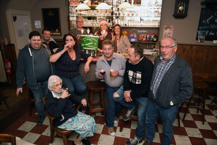 Ook café Floreal had iets te vieren want de zaak bestaat vijf jaar.