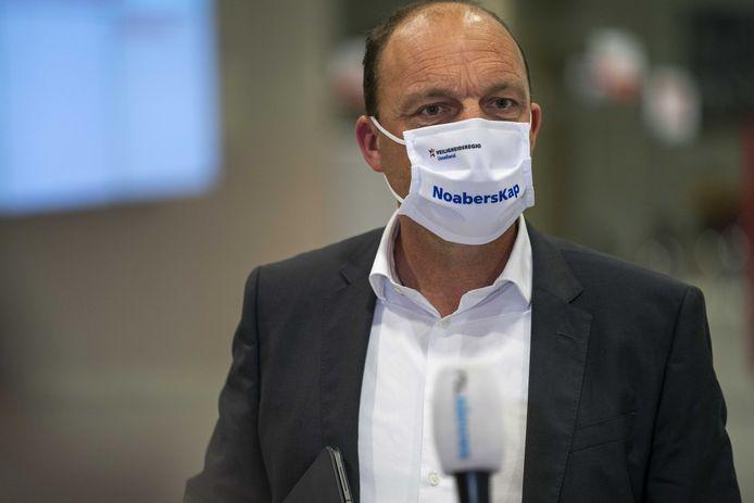 Burgemeester Peter Snijders van Zwolle.