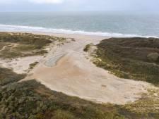 Slufter bij De Banjaard gaat voor tien jaar op slot, strandbezoekers moeten er in de toekomst omheen
