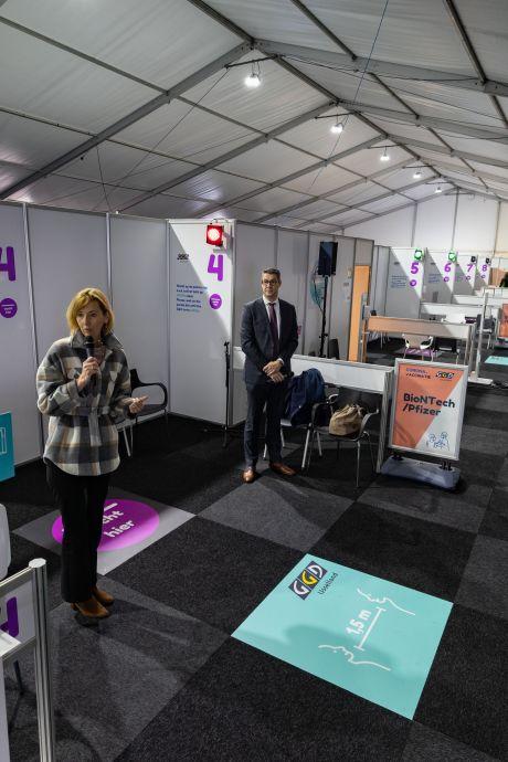 Van feesttent naar priktent: hier gaat volgende week het vaccineren in Kampen van start