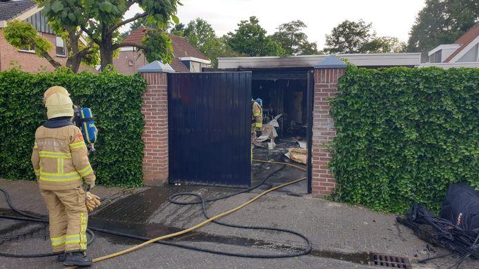 De brandweer heeft het vuur in Lichtenvoorde geblust.
