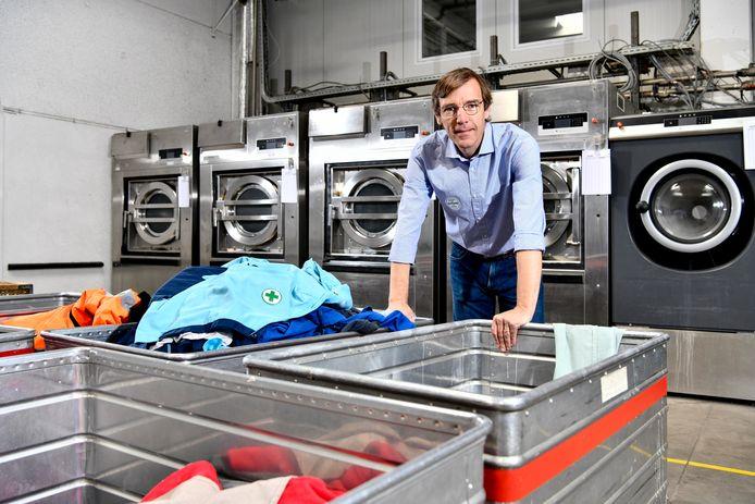 Piet Demaux, zaakvoerder van industriële wasserij Klaratex in Wevelgem.