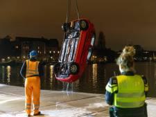 Halsema werpt 'kritische blik' op inzet duikteams brandweer na ongeluk VOC-kade