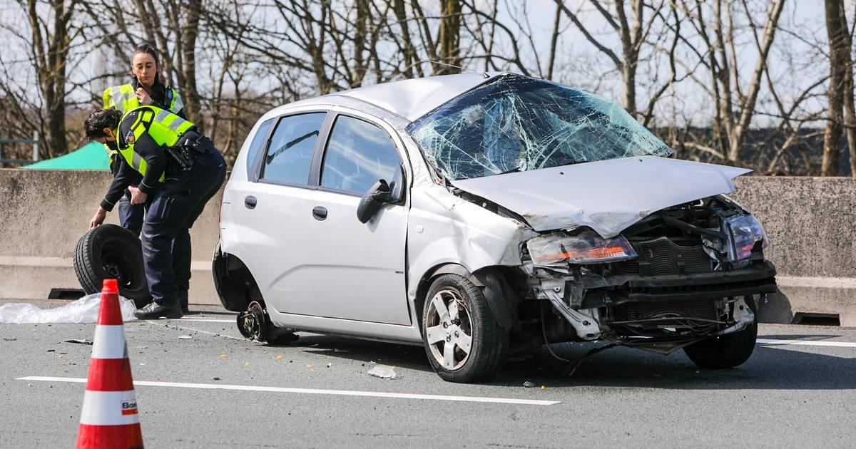 Eenzijdig ongeval op A1: 35 minuten vertraging tussen Apeldoorn en Deventer.