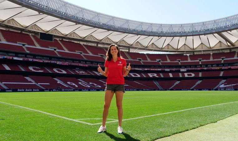 Merel van Dongen in het Wanda Metropolitano Stadion. Beeld Atletico Madrid