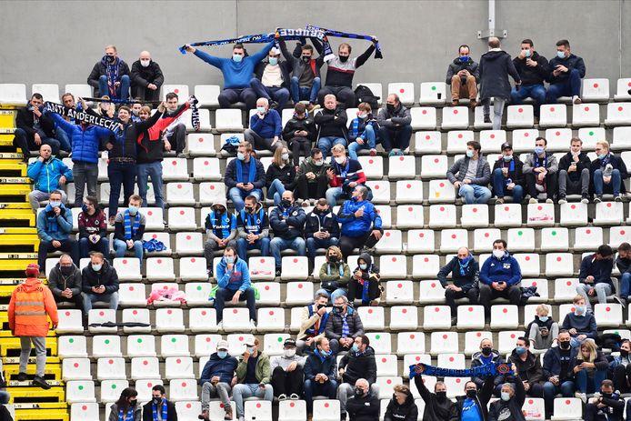 Supporters in september op Jan Breydel.