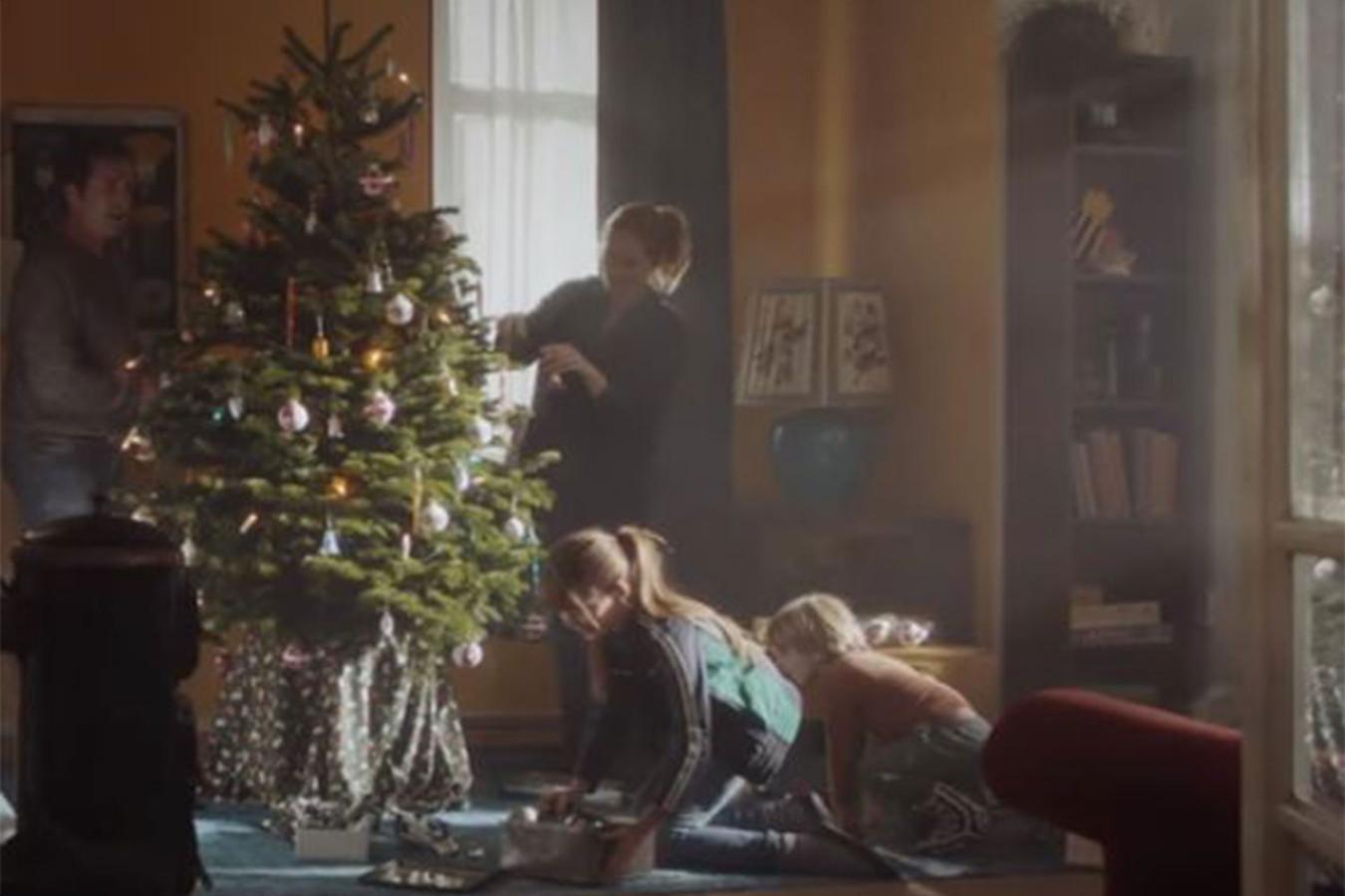 Plus Kerst Reclame.Plus Reclame Over Gescheiden Ouders Rond Kerst Raakt