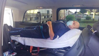 """Zwaargewonde wielertoerist Bruno (44) met ziekenwagen gerepatrieerd na aanrijding met vluchtmisdrijf in Franse Vogezen: """"Bestuurder verklaarde dat hij niets van ongeval merkte. Ongelofelijk"""""""