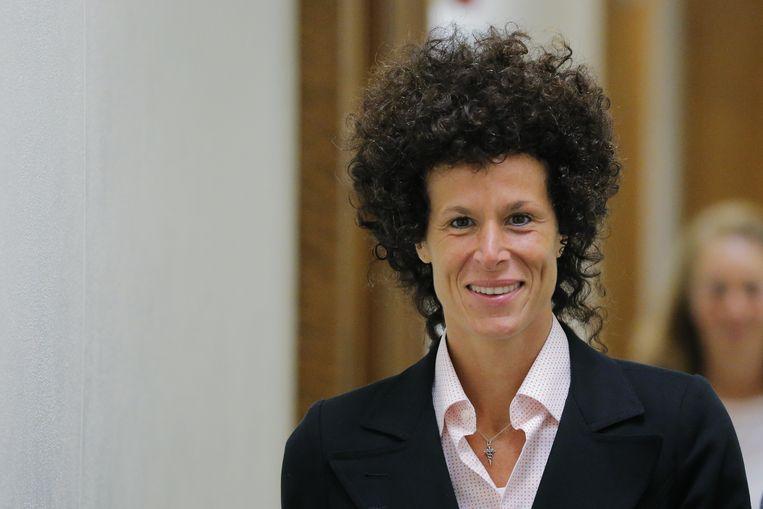 Andrea Constand, die Cosby heeft beschuldigd van onder andere aanranding, in het gerechtsgebouw in Norristown. Beeld AP