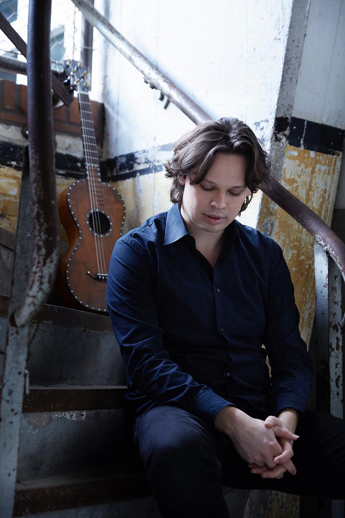 Rolf van Meurs geeft een concert in de Heilig Hart Kerk in Oss.