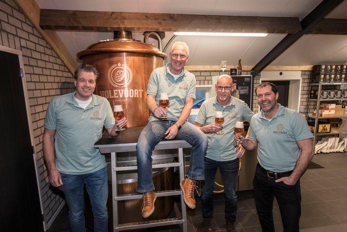 De brouwers van Holevoort bij de start van hun brouwerij in Bakel, begin 2018.