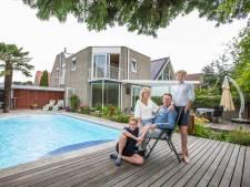 Villa met water als hoofdthema